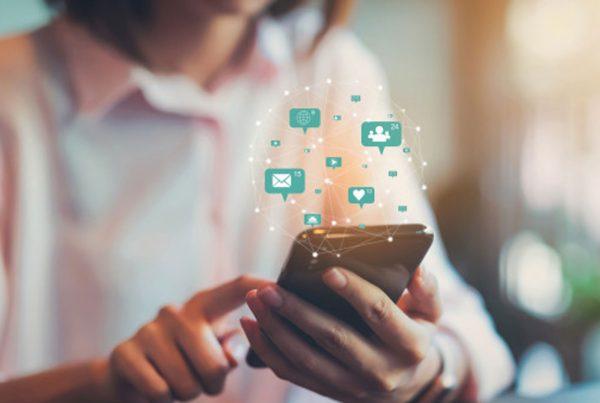 Las mejores aplicaciones que ofrece Adobe para usar en redes sociales